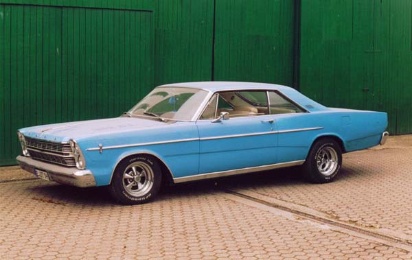 Ford Galaxie 500, 1966 Motor: 460ci (7,5l) V8 Class: mild customized