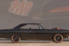 Plymouth Road Runner, 1969 (Video)