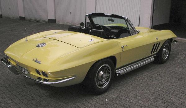 Chevrolet Corvette Sting Ray, 1965 Motor: 350 ci (5,7l) ZZ3 V8 Class: near original, stock, completely restored