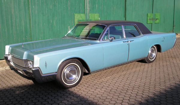 Ford Lincoln Continental, 1966 Motor: 462 ci (7,57 l) Class: absolut original, stock