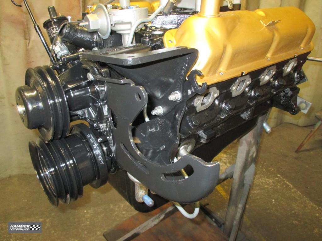 46 Halter für Servopumpe und Klimakompressor